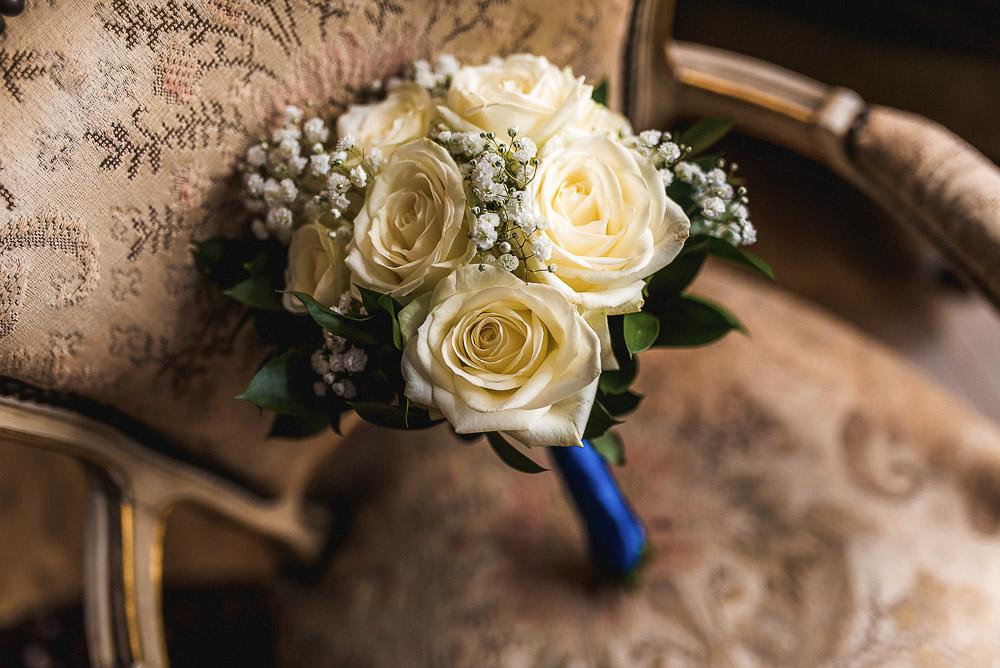 bridal bouquet white blue