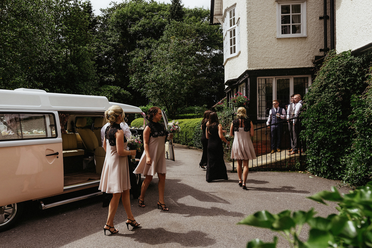 bridesmaids arrive at Mere Court